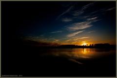 Черный закат. Фото для темных интерьеров