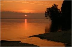 Река впадает в море. Горьковское море. Фото. Красивые фото закатов