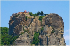 Скалы Метеоры. Греция. Монастырь на вершине скалы