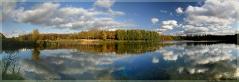 Осеннее озеро. Пейзажи осени. Панорамные фотографии высокого разрешения. Фотопанорамы