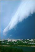 Облачная лавина, обрушивающаяся на город. Рождение урагана. Гроза