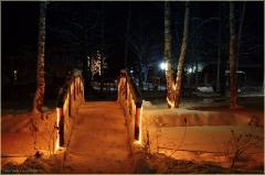Зимний ночной пейзаж. Мостик через речку. Новогодние открытки