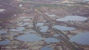 Тундра осенью. Озера и болота. Фото с самолета