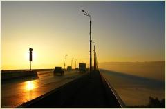 Утро жаркого дня. Жара в городе. Мызинский мост. Утренний пейзаж