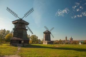 Ветряные мельницы. Фото. Суздаль