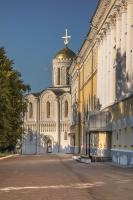 Здание палат и Дмитриевский собор. Фото Владимира