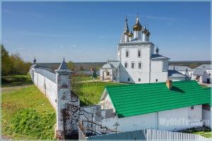 Николо-Троицкий мужской монастырь. Город Гороховец. Фото