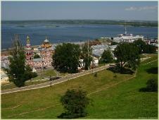 Рождественская церковь. Речной вокзал. Достопримечательности Нижнего Новгорода.