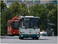 Автобус на площади Минина. Фотографии Нижнего Новгорода