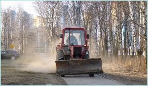 Трактор идет на взлет
