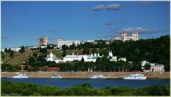 Гостиница Нижегородская. Благовещенский мужской монастырь. Река Ока. Фото Нижнего Новгорода