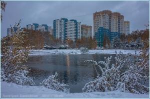 Выпал первый снег. Вечернее фото. Нижний Новгород