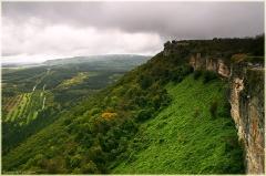 Чуфут-кале. Неприступная средневековая крепость. Пещерный город. Крым. Бахчисарай