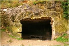 Чуфут-кале. Фотографии пещерного города. средневековый пещерный город-крепость в окрестностях Бахчисарая
