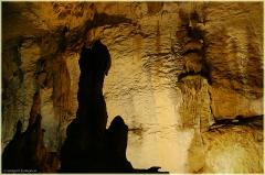 Величественная красота подземелий. Мраморная пещера в Крыму. Фото пещер