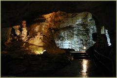 Тайны подземного мира. Мраморная пещера в Крыму. Фото пещер