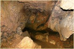 Подземная река. Красная пещера в Крыму. Фото пещер