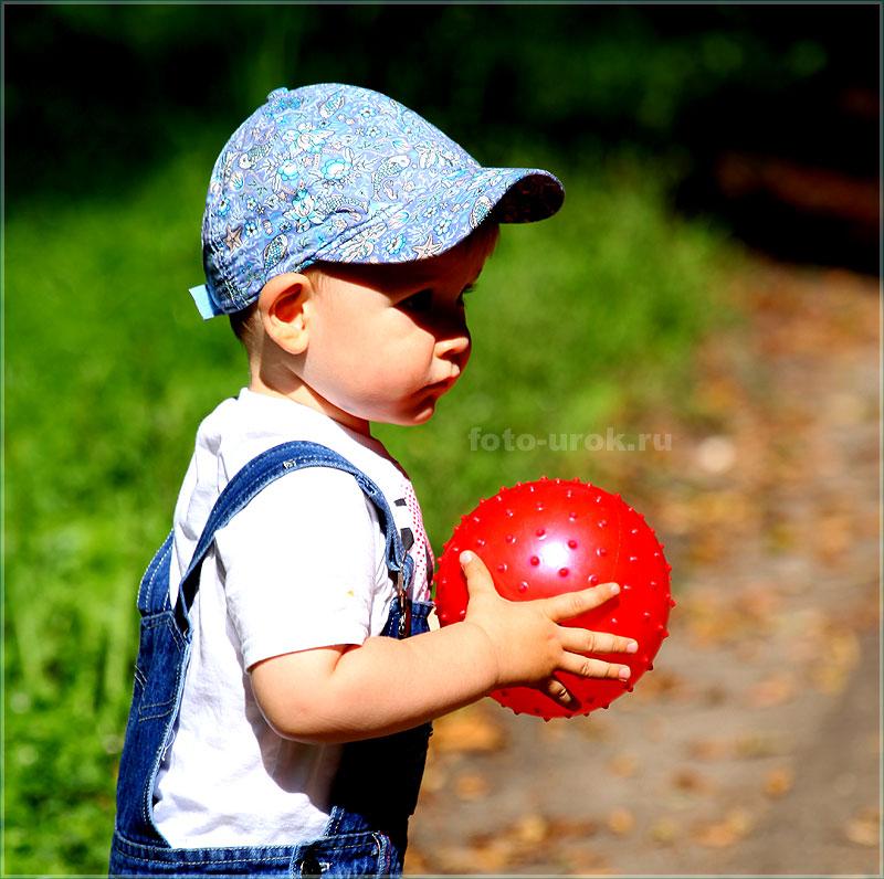 ошибка при фотосъемке детей - козырек затеняет лицо ребенка